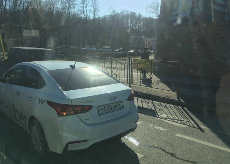 В Смоленске ДТП спровоцировало пробку на Колхозке