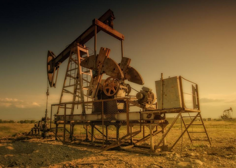 Мировые цены на нефть падают