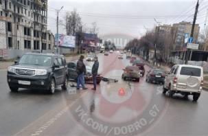 В Смоленске авария на Шевченко собирает пробку