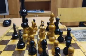 Мат. В смоленских колониях внедряют шахматный метод работы