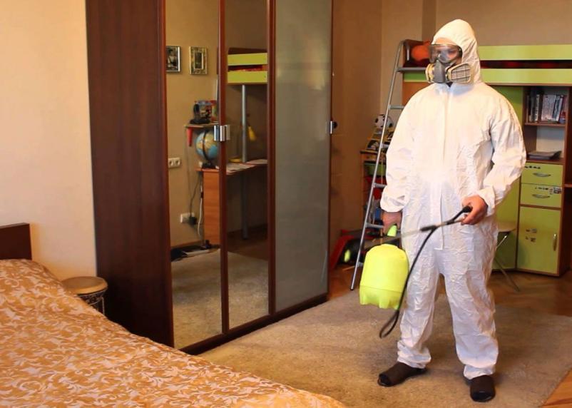 Из-за коронавируса всё общежитие в российском городе посадили на карантин. Стало очагом по COVID-19
