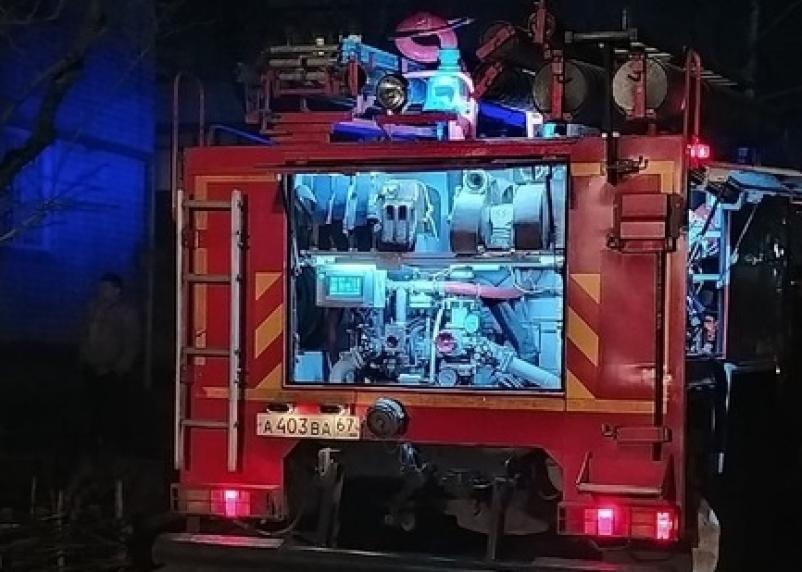В Ельне ночью горел магазин