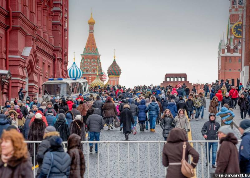 Что угрожает россиянам при выходе на улицу во время эпидемии