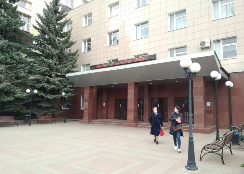 Владимир Путин дал добро на запуск предприятий после апрельских «каникул»