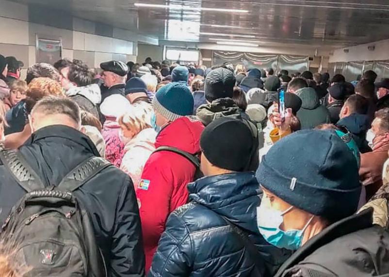Мэр Москвы Сергей Собянин попытался оправдаться за давку в метро