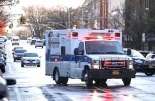 Грузовики с десятками разлагающихся тел обнаружили в Нью-Йорке