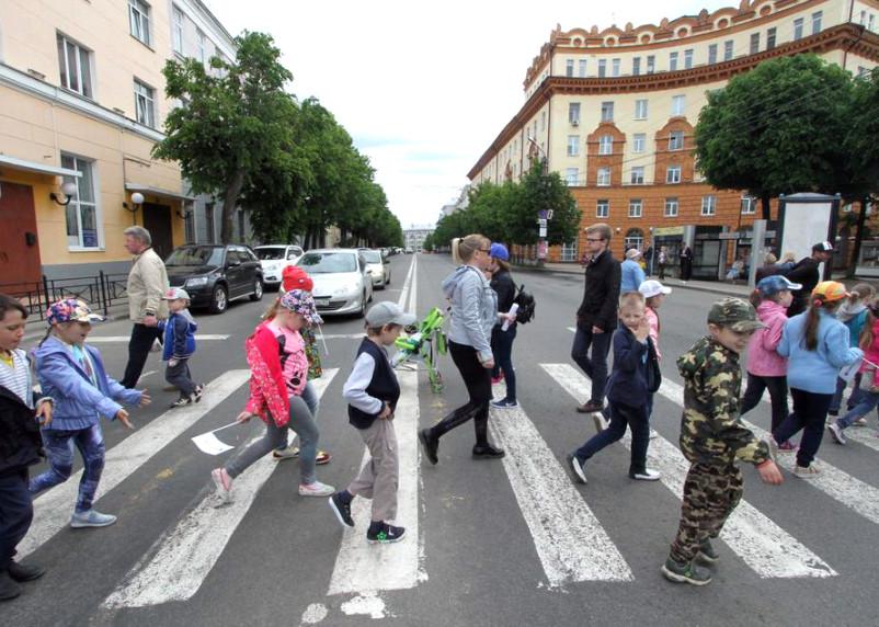 Правительство упростило для россиян оформление пособий на детей