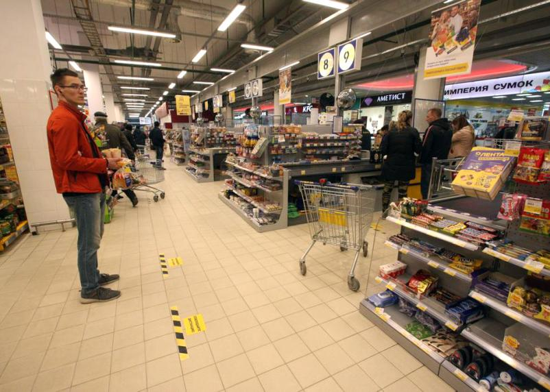Более половины торговых сетей планируют закрыть часть магазинов