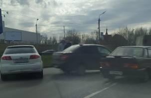 ДТП в Смоленске затрудняет движение в сторону Рославльского шоссе