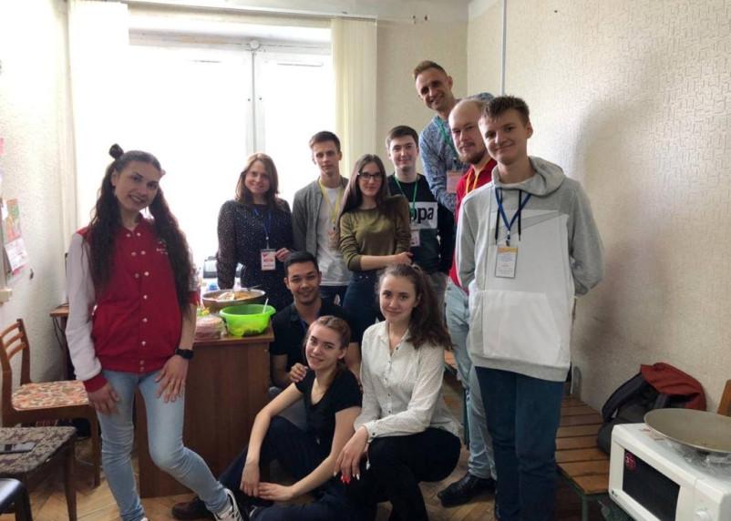 Волонтеры Смоленщины запустили проект #ПомогиСвоемуСоседу