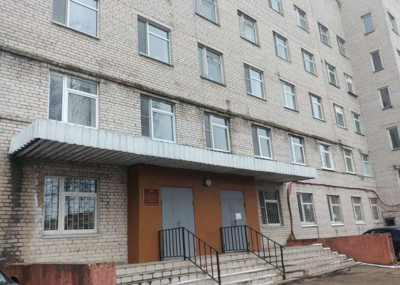 Путин поручил Росгвардии и МВД строго контролировать соблюдение карантина и охранять территории больниц