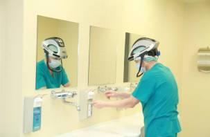 Правительство утвердило перечень заболеваний, при которых врачи получат страховку