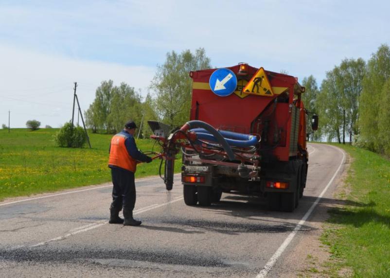 Смоленскавтодор ведет ямочный ремонт дорог