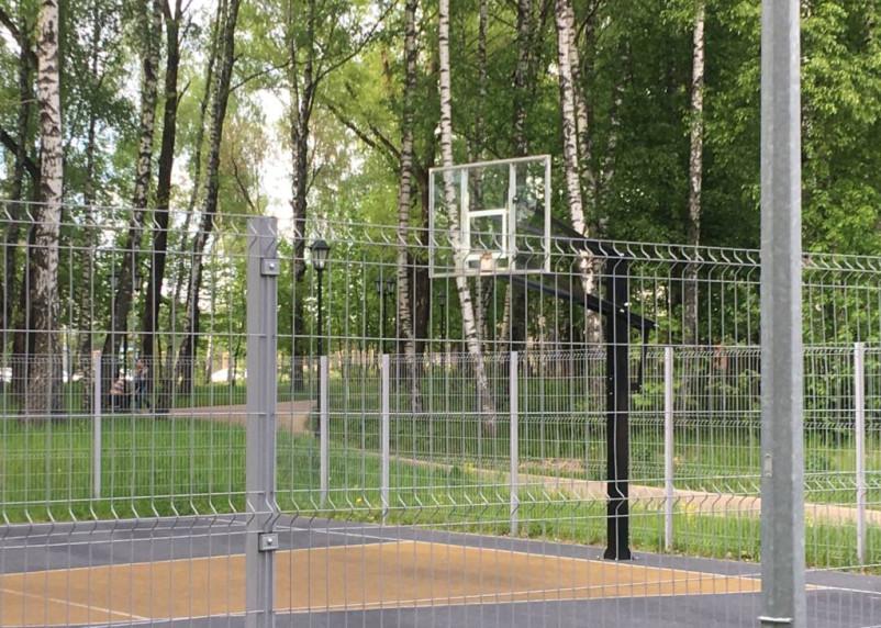 Неизвестные сломали баскетбольную площадку в «Соловьиной роще»