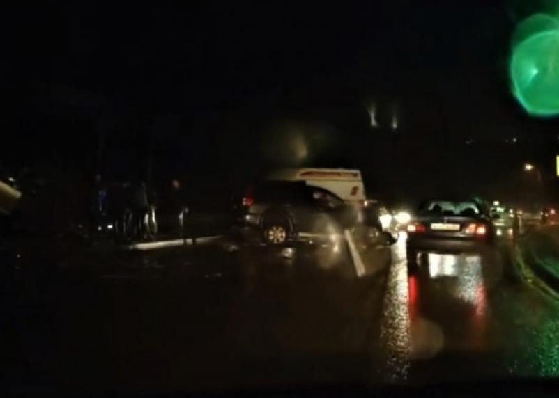 Лобовое столкновение. Полиция ищет очевидцев ДТП на Московском шоссе