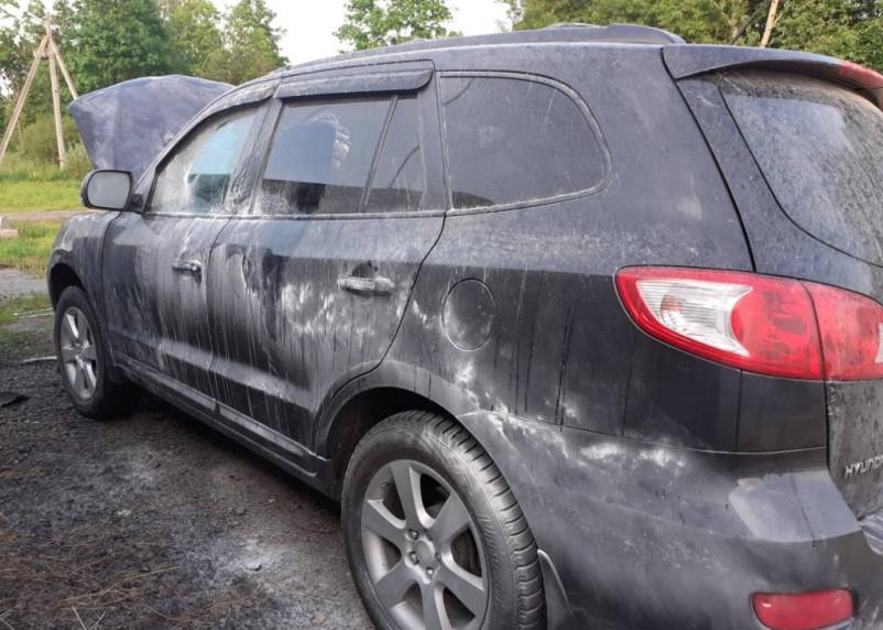 В Гагаринском районе загорелся автомобиль
