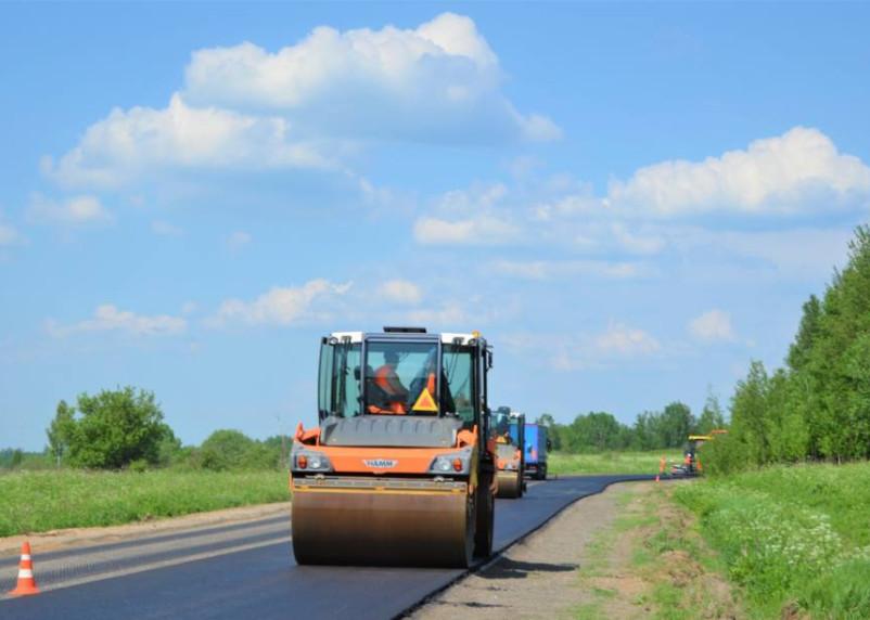 Смоленскавтодор продолжает ремонт дороги в Вяземском районе