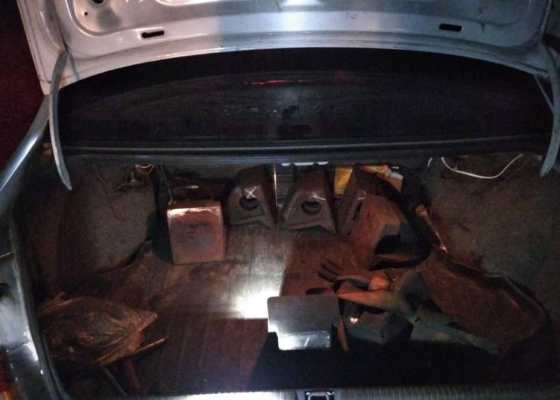 Вязьмич вынес с предприятия на поясе 500 кг железнодорожных деталей
