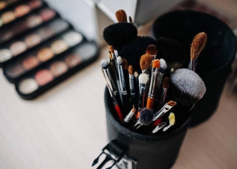 Индустрия красоты: Визажист – профессия будущего?