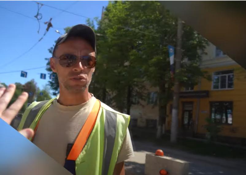 «Не подходите ко мне». Конфликт рабочего и смоленского активиста завершился рукоприкладством