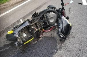 В Смоленске в ДТП с машиной пострадал мотоциклист