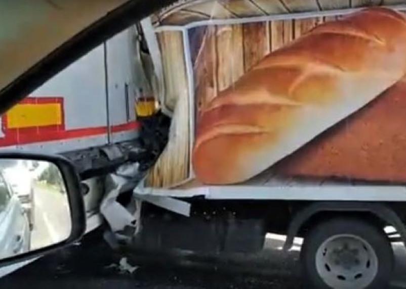 В Вяземском районе водитель «Газели» погиб, врезавшись в фуру