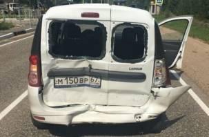 В жестком столкновении двух автомобилей в Дорогобужском районе пострадал мужчина