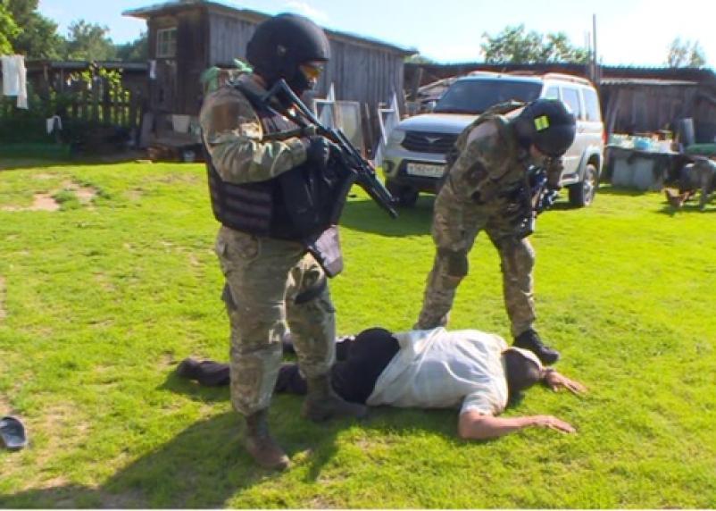Смолянина поймали на торговле оружием