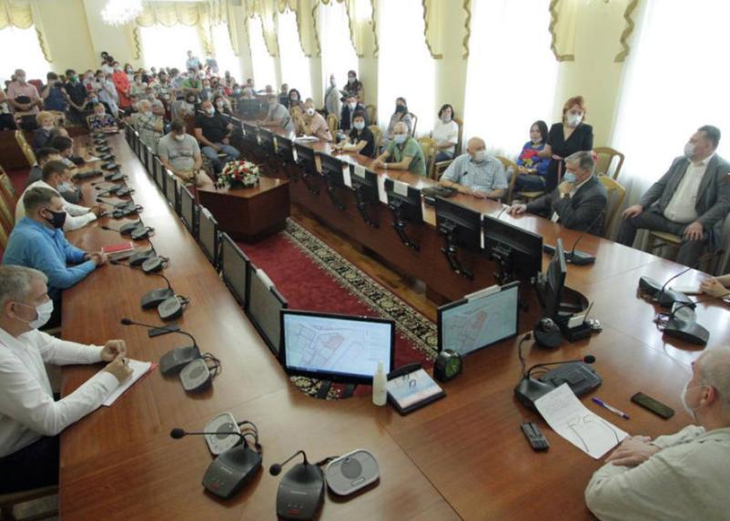 Изменения в планировке центра Смоленска обсудили на публичных слушаниях