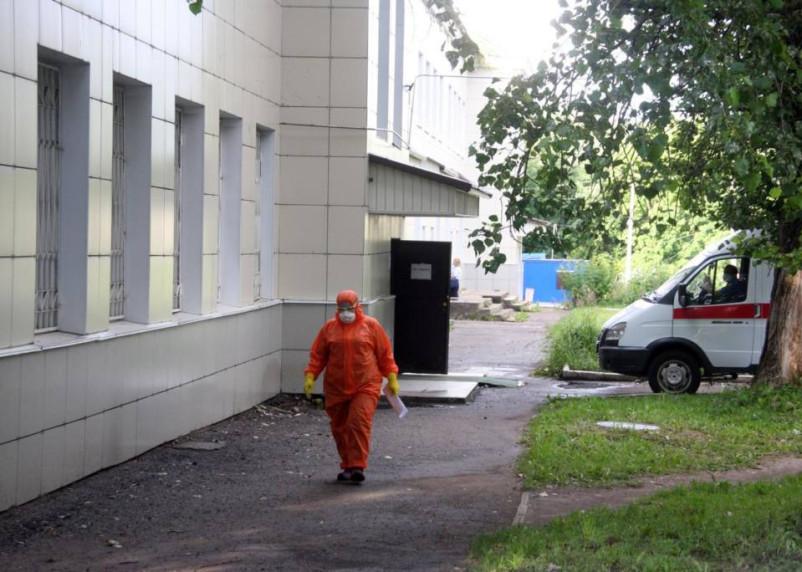 В России впервые выявили 17 тысяч случаев коронавируса за сутки