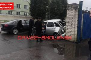 В Смоленске произошло жесткое ДТП на Ново-Московской