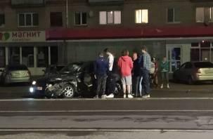 В Смоленске произошло жёсткое ДТП на Н-Неман