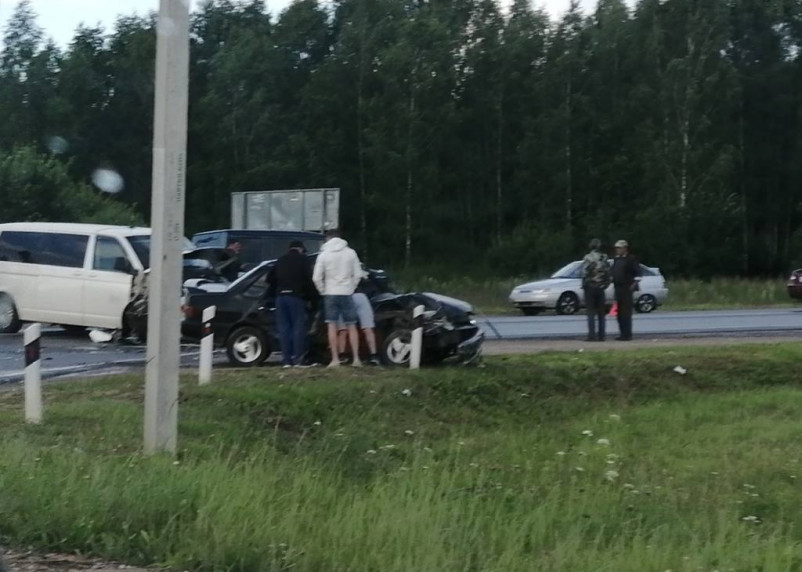 На окружной в Смоленске произошло серьезное ДТП