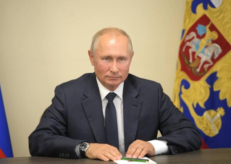 Путин утвердил закон о трехдневном голосовании на выборах