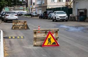 В Смоленске планируют отремонтировать 56 внутриквартальных проездов в 2022 году