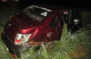 В Смоленской области в ДТП пострадал водитель Гранты