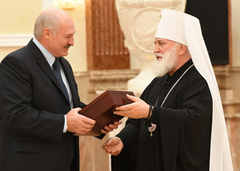 Эксперт: Лукашенко получил лояльного церковного лидера