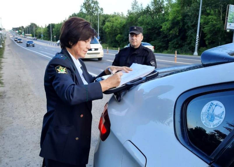 Смолянин стал пешеходом из-за долгов по штрафам ГИБДД