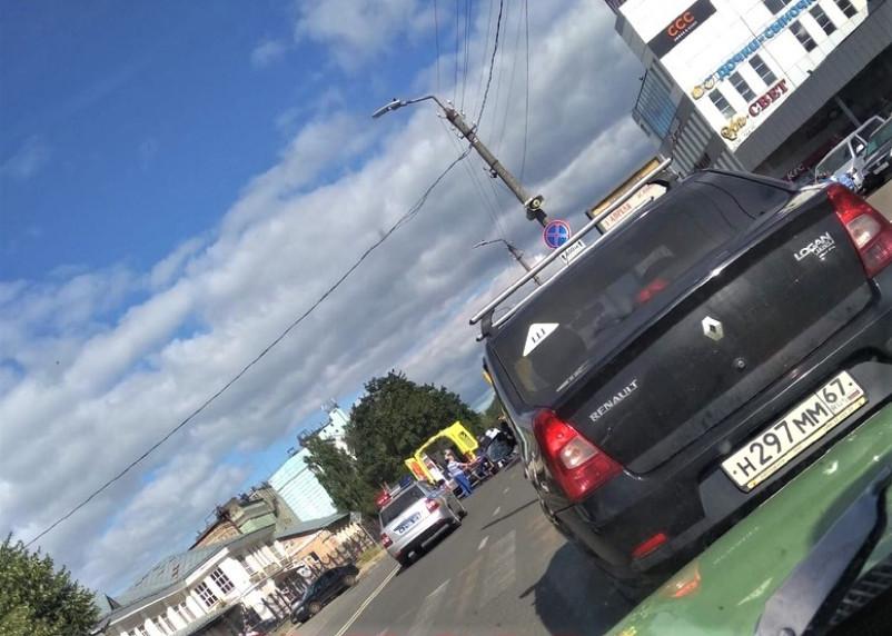В Смоленске пешеход попал под колеса автомобиля