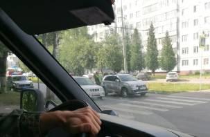 Тройное ДТП перекрыло Багратиона в Смоленске