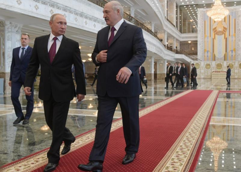 Лукашенко заявил, что получил от Путина письмо о задержанных россиянах