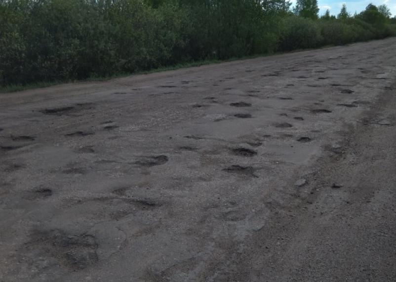 В Демидовском районе отремонтировали дороги только после вмешательства прокуратуры