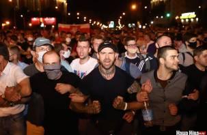 На выборах в Белоруссии пролилась кровь. Кто вышел победителем?