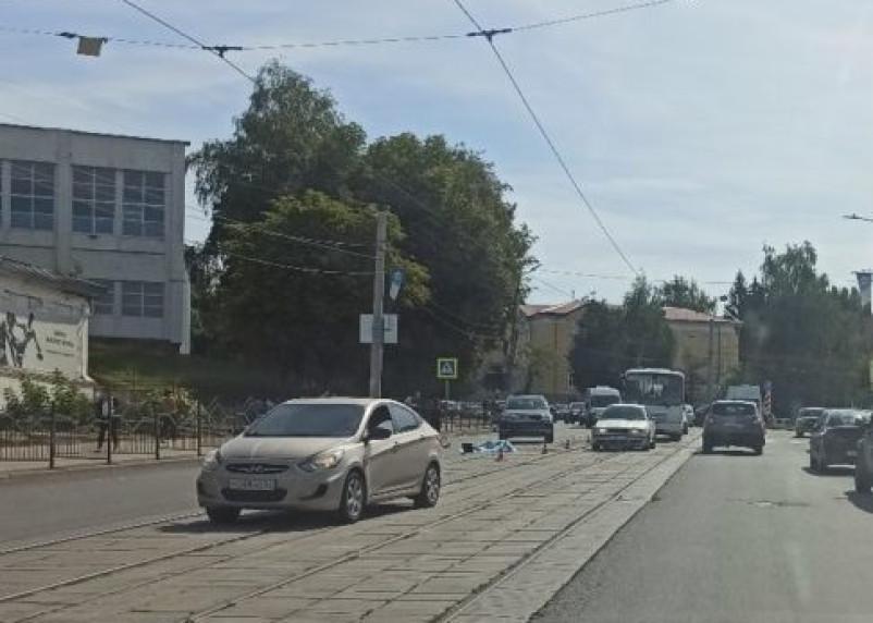 На пешеходном переходе в Смоленске насмерть сбили пенсионерку