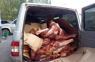 Смоленские пограничники задержали груз с мясом в антисанитарном состоянии