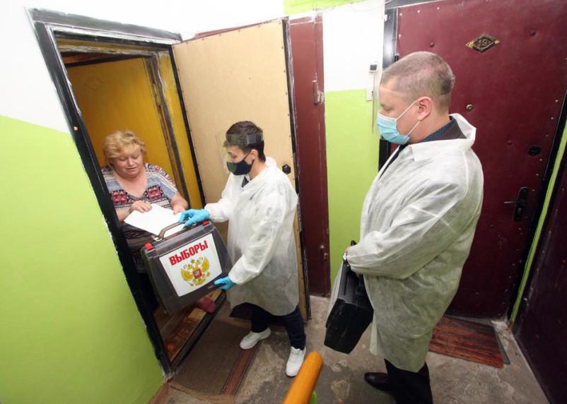 Стала известна явка первого дня голосования в Смоленской области