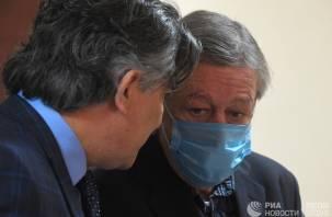 Адвокат: Ефремов взял на себя вину одного из своих друзей