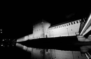 В Смоленске включили подсветку крепостной стены