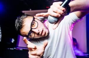 Виновником ДТП с Инфинити в Москве с тремя пострадавшими оказался певец