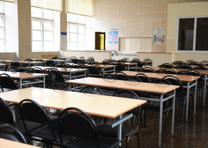 Смоленских детей будут зачислять в первый класс по новым правилам